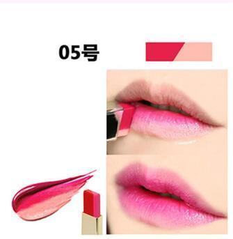 NOVO Double Color Lipstick Moisturizing Gradient Lipstick #05 Sugar Baby ลิปทูโทน เทรนด์ทาปากไล่สีแบบสาวเกาหลี ลิปสติกนวัตกรรมใหม่ที่ดีกว่าด้วย 2 สี และ 2 เนื้อสัมผัส ที่ไม่ใช่แค่จะทาริมฝีปากให้ดูมี มิติเพียงอย่างเดียว แต่ยังสามารถช่วยให้ริมฝีปากหนาและดูบ