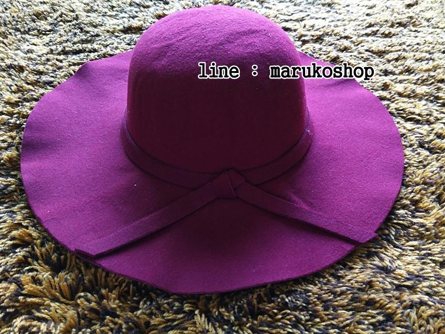 หมวกปีกกว้าง หมวกเที่ยวทะเล หมวกผ้าวูล สีเลือดหมู แต่งโบว์รอบ