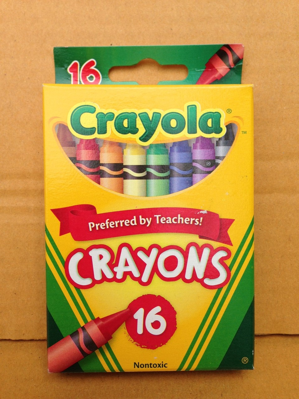 Crayola Crayons สีเทียนแท่งเล็ก กล่องละ 16 แท่ง ปลอดสารพิษ เหมาะสำหรับเด็ก