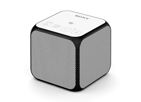 Sony ลำโพงพกพา Bluetooth® แบบไร้สาย รุ่น SRS-X11 (สีขาว)