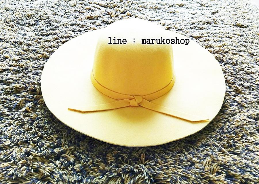 หมวกปีกกว้าง หมวกเที่ยวทะเล หมวกผ้าวูล สีเหลือง แต่งโบว์รอบ