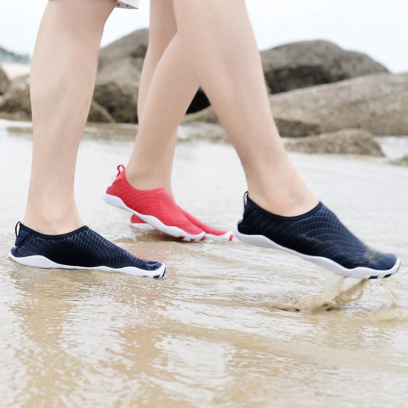 รองเท้าชายหาด