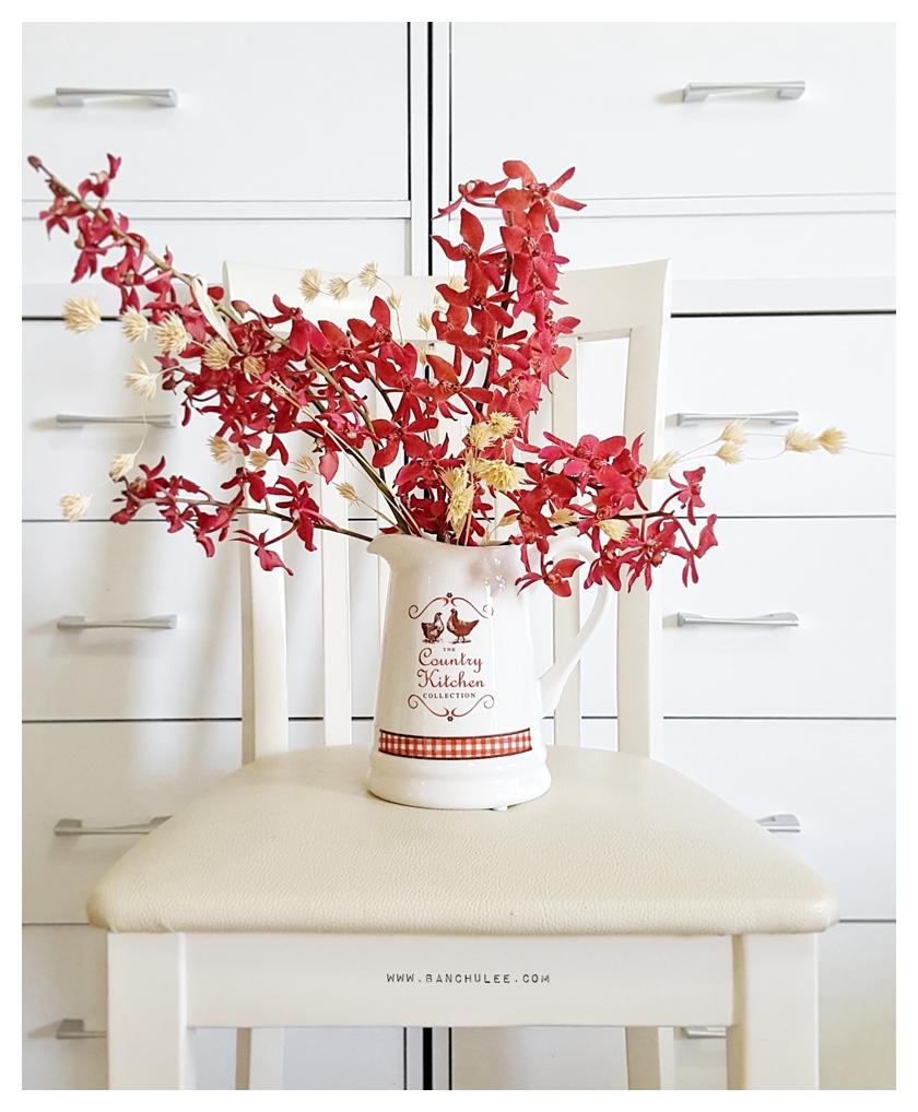 Country Kitchen Ceramic Vase แจกันเซรามิค ทรงเหยือก