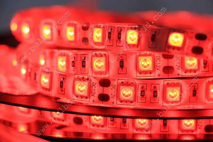 สี Red (ม้วน 5 เมตร กันน้ำ)