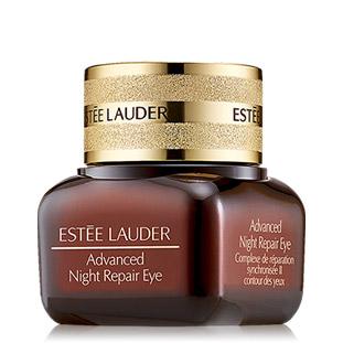 Estee Lauder Advanced Night Repair Eye Synchronized Complex II 15ml. เจลครีมบำรุงผิวรอบดวงตาประสิทธิภาพสูง มอบความชุ่มชื่นเต็มที่ ด้วยนวัตกรรมใหม่ที่เสริมอานุภาพแห่งค่ำคืนให้เต็มประสิทธิภาพ ช่วยลดเลือนสัญญาณความร่วงโรยแห่งวัยสำหรับผิวรอบดวงตา