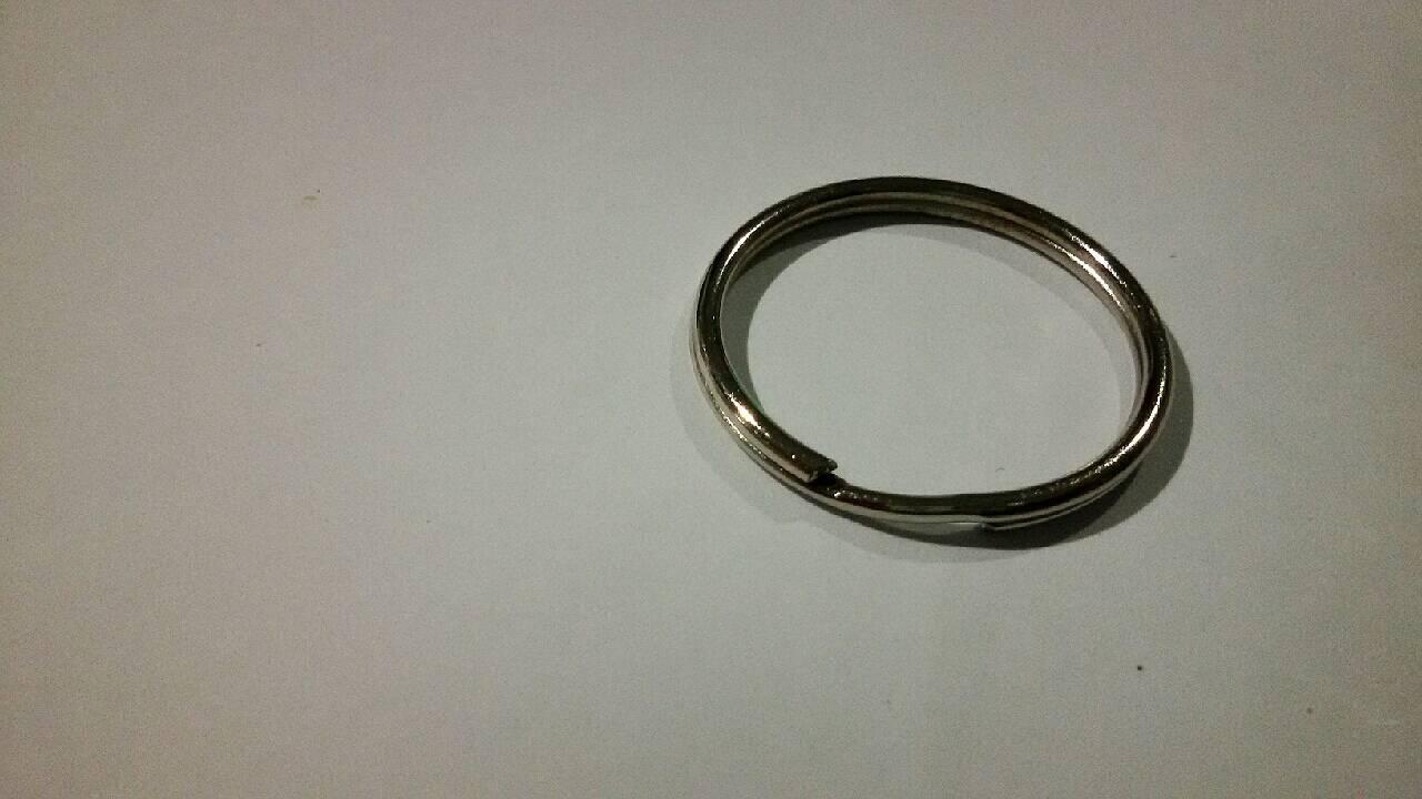ห่วงเหล็กพวงกุญแจ เส้นผ่านศูนย์กลาง 30 mm. บรรจุ 10, 20 ชิ้น/แพ็ค