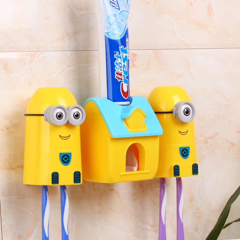 กล่องเก็บแปรงสีฟันพร้อมเครื่องบีบยาสีฟันมินเนียน