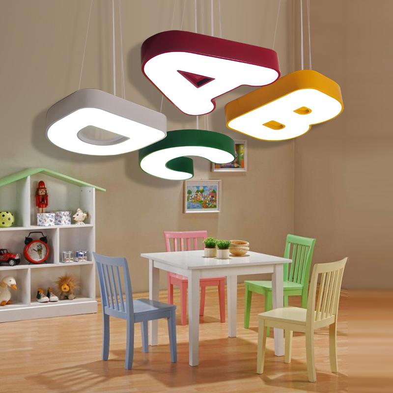 โคมไฟติดเพดานตัวอักษร A B C D