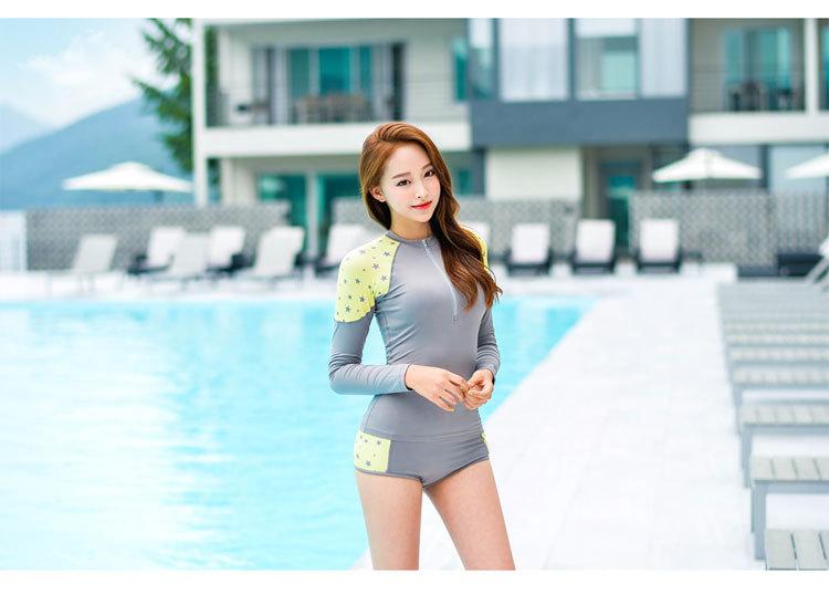 ชุดว่ายน้ำทูพีช แขนยาวกัน uv รอบอก 34-40 กางเกงรอบเอว 30-36 สะโพก 36-42 ตัวเสื้อยาว22 นิ้วค่ะ ผ้าดี งานสวยมากค่ะ