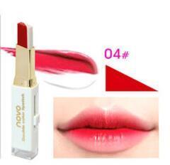 NOVO Double Color Lipstick Moisturizing Gradient Lipstick #04 Bitten ลิปทูโทน เทรนด์ทาปากไล่สีแบบสาวเกาหลี ลิปสติกนวัตกรรมใหม่ที่ดีกว่าด้วย 2 สี และ 2 เนื้อสัมผัส ที่ไม่ใช่แค่จะทาริมฝีปากให้ดูมี มิติเพียงอย่างเดียว แต่ยังสามารถช่วยให้ริมฝีปากหนาและดูบางล