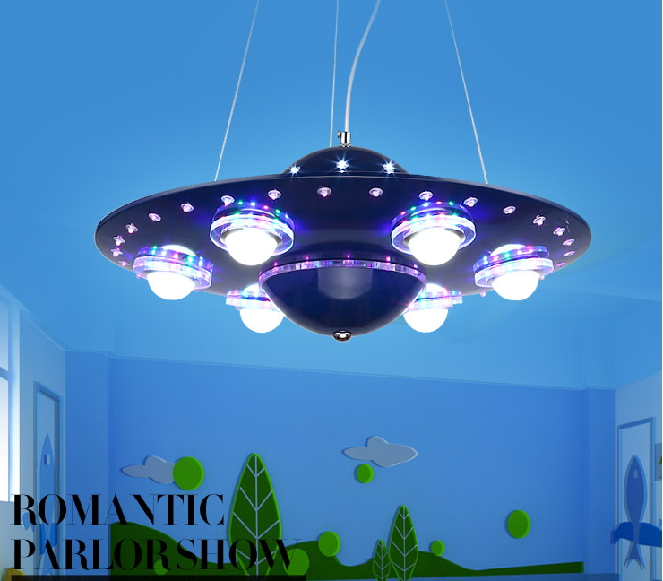 โคมไฟเพดานจานบิน UFO