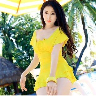 ชุดว่ายน้ำทูพีชสีเหลือง เสื้อ+กางเกง รอบอก 32-36 เอว 28-32 สะโพก 34-38 ตัวเสื้อยาว 30 นิ้วค่ะ