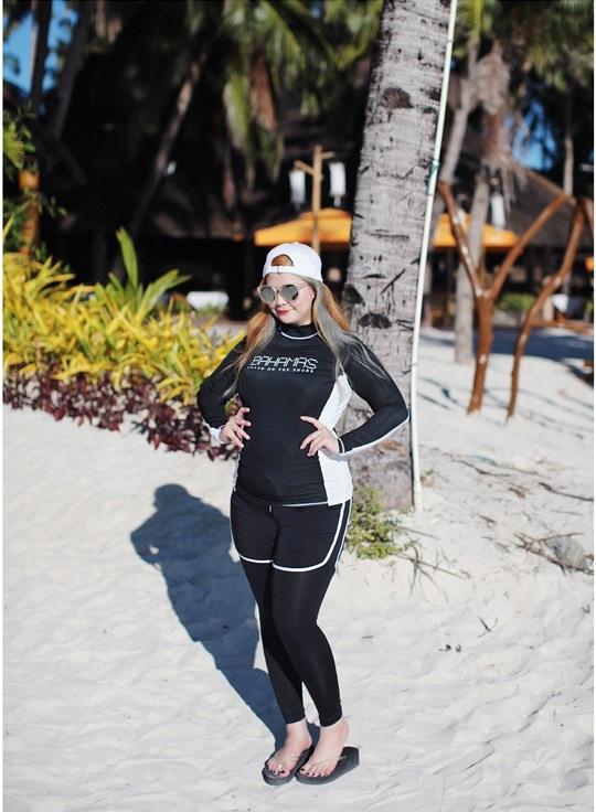 ชุดว่ายน้ำคนอ้วน 4xl เซต 4 ชิ้น อก 42-50 กางเกงขาสั้น 36-42 สะโพก 44-50 กางเกงขายาว เอว 36-44 สะโพก 46-58 นิ้วค่ะ ผ้าดี งานสวย คุ้มมากๆค่ะ