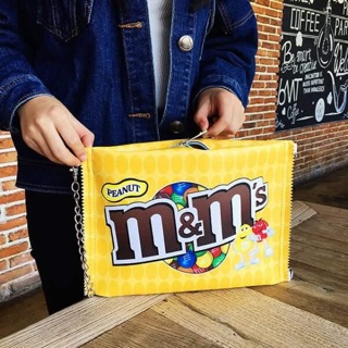 กระเป๋าถือ m&m