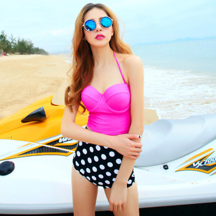 ชุดว่ายน้ำ ไซส์ xl ทูพีช ตัวเสื้อสีบานเย็น รอบอก 36-38 นิ้ว กางเกง เอว 30-34 สะโพก 36-40 นิ้ว สวย เก๋ มากๆค่ะ