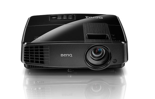 BENQ MX505 ความสว่าง(ANSI Lumens) 3000 ความละเอียด(พิกเซล) 1024x768(XGA) ค่า Contrast เท่ากับ13,000:1 น้ำหนัก 1.8kg