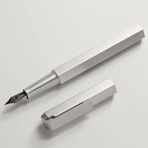 WORTHER Compact Aluminium Fountain Pen (ปากกาหมึกซึมWorther อลูมิเนียมทั้งแท่ง)