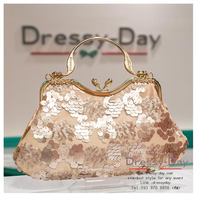 กระเป๋าออกงาน TE022: กระเป๋าออกงานพร้อมส่ง สีแชมเปญ แบบมีหูหิ้ว สวยหรูกับดีเทลเลื่อม ราคาถูกกว่าห้าง ถือออกงาน หรือ สะพายออกงาน สวย หรู ดูดีมากค่ะ เริ่ดคร๊า