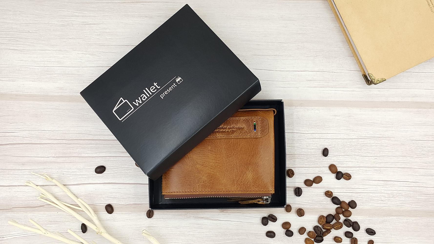 กระเป๋าสตางค์หนังแท้ หนังนิ่ม กระเป๋าสตางค์ผู้ชาย สีน้ำตาล รุ่น Contacts two Zipper Brown ส่งพร้อมกล่อง