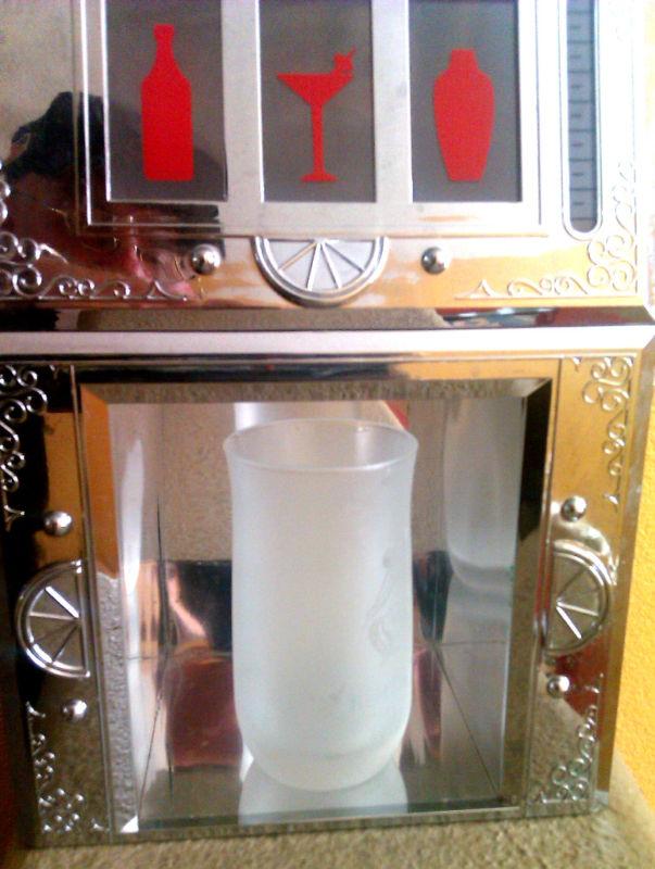 ทาวเวอร์ใส่เครื่องดื่ม slot machine