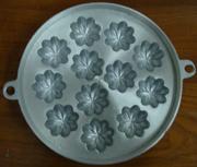พิมพ์ขนมไข่อะลูมิเนียม ใหญ่ ขนาด 9นิ้ว ลายมะยมดอกใหญ่ 1 ถาดมี 12 ดอก 016-KK-AL29 Khanom Khai aluminum mold 9 inch. 016-KK-AL29 อุปกรณ์ทำขนม