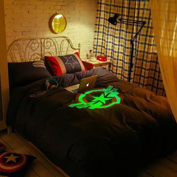 ผ้าปูที่นอนเรืองแสงกัปตันอเมริกา