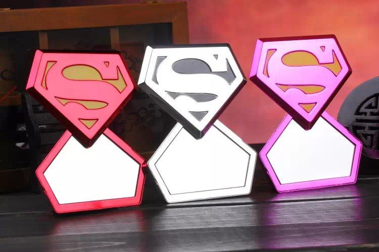 แบตสำรอง superman