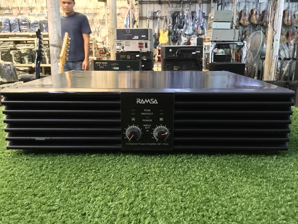 Power Amplifier Ramsa WP-1100A