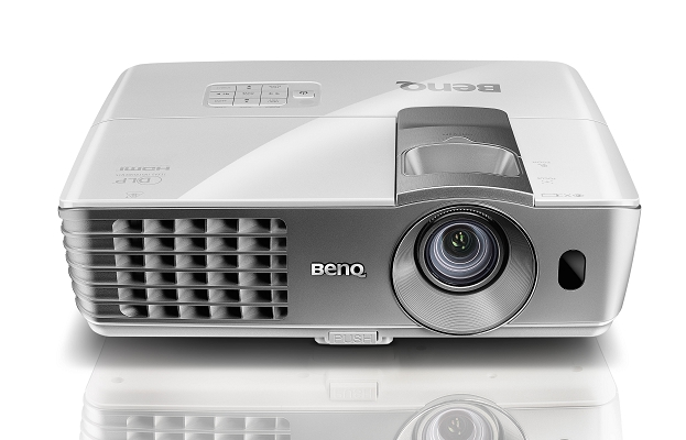 BENQ W1080ST Quick Overview ความสว่าง(ANSI Lumens)2000 ความละเอียด(พิกเซล)1920x1080(Full HD) ค่า Contrast เท่ากับ10,000:1 น้ำหนัก2.8kg