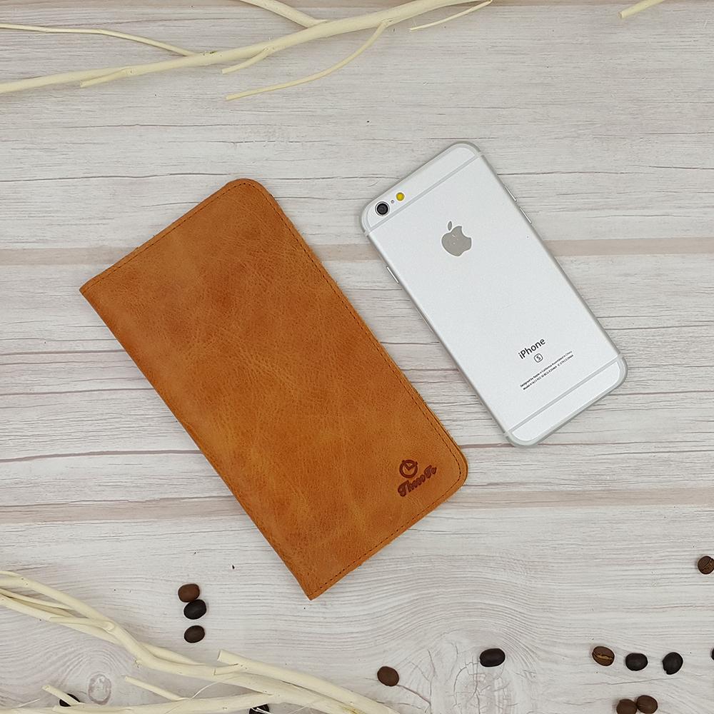 กระเป๋าสตางค์ผู้ชาย หนังแท้ 100% ใส่มือถือและเสียบสายชาร์ตได้ รุ่น Phone Wallet Leather Brown