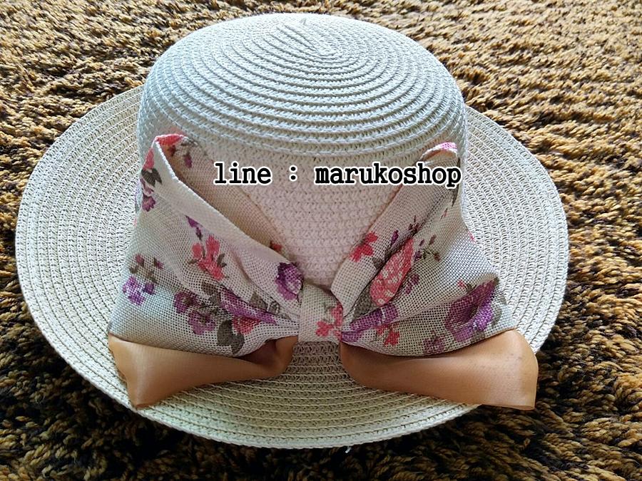 หมวกปีกกว้าง หมวกไปทะเล หมวกสาน สีน้ำตาลแต่งโบว์รอบเก๋ๆ รอบศรีษะ 64 cm / ปีกกว้าง 6.5 cm ***ถ่ายจากสินค้าจริงที่ขายค่ะ***