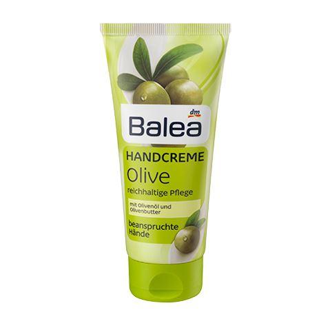 Balea Hand Cream Olive 100 ml. สูตรผสมน้ำมันมะกอก บาเลียครีมบำรุงมือจากประเทศเยอรมัน ด้วยมอยเจอร์ไรซ์เซอร์เข้มข้น ตรงเข้าบำรุงมือที่แห้งกร้านให้เนียนนุ่มชุ่มชื่นขึ้น ลดริ้วรอยเหี่ยวย่น เนื้อครีมซึมซาบเร็ว