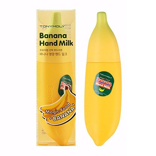 Tony Moly Magic Food Banana Hand Milk 45ml. ครีมบำรุงมือและเล็บแบบกล้วยๆ ด้วยครีมทามือที่มีส่วนผสมจากกล้วยและนม ช่วยคืนความชุ่มชื่นเนียนนุ่มสู่มือที่แห้งและหยาบกร้าน พร้อมกลิ่นกล้วยหอมอ่อนๆ