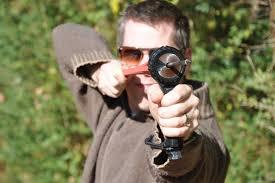 ปืนยางยิงกระสุน Pocket Hammer