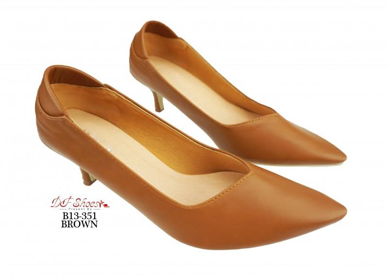 รองเท้าคัทชู หัวแหลม ส้นสูง ทรงสุภาพ (สีน้ำตาล )