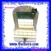 กล่องเก็บของไม้อัดแบบมีกระจก และ ลิ้นชัก ( ) เป็นกล่องไม้อัดแบบมีกระจกและลิ้นชักไว้ให้ท่านได้เก็บของให้เรียบร้อยและใช้เป็นเครื่องประดับตกแต่งโต๊ะ