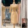 รหัส ชุดราตรี : PFS51 ชุดแซกมีแขน ชุดราตรีสั้นหรูสีทอง สวย สง่า ดูดีแบบเจ้าหญิง ใส่เป็นชุดงานเช้า ชุดไปงานแต่งงาน งานกาล่าดินเนอร์ งานเลี้ยง งานพรอม งานรับกระบี่