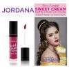 Jordana Sweet Cream Matte Liquid Lip Color 25 Sugarberry Crumble คอลเล็คชั่นสวีทครีมแมทสีขายดีและสีใหม่ 6 สีจากจอร์ดาน่า ที่ได้รับแรงบันดาลใจมาจาก Belle from Beauty and The Beast ที่ไม่ใช่แค่สวย แต่สวยมาก เนื้อแมท ติดทน สีชัด มีส่วนผสมของ vitamin A & C