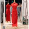 รหัส ชุดกี่เพ้า : KPL034 ชุดกี่เพ้าแบบยาว ผ้าลูกไม้เนื้อดีทั้งชุด สีแดง สวย หรู และสง่ามากๆ เจ้าสาวที่มองหา ชุดกี่เพ้าประยุกต์ สำหรับใส่ในพิธียกน้ำชา ชุดส่งตัว ถ่ายพรีเวดดิ้ง ชุดแต่งงานตามธรรมเนียมจีน แนะนำคะ สวยมาก