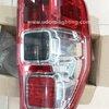 ไฟท้าย FORD Ranger ปี12 #แบบ2 โคมใส (แดง/ขาว/แดง)
