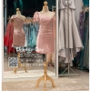รหัส ชุดราตรีสั้น :PF140 ชุดราตรีสั้นผ้าซาติน เดรสออกงานไหลเฉียง ชุดไปงานแต่งงานสีชมพูกลีบบัว ชุดแซกงานสวยมาก แบบประดับโบว์เพิ่มความน่ารัก