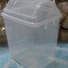 ถังขยะใสทรงสี่เหลี่ยม ฝาแกว่ง 001-523-CL
