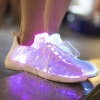 รองเท้า Led Boost Sneaker