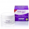 Fade Out Extra Care Brightening Anti-Wrinkle Cream SPF 25 ขนาด 50ml. ครีมต่อต้านริ้วรอยสำหรับกลางวัน ที่อุดมไปด้วยครีมบำรุงผิวลดริ้วรอยสูตรที่จะกำหนดเป้าหมายสัญญาณของริ้วรอย มีส่วนผสมของกรดไฮยาลูโรเพื่อรักษาความชุ่มชื้น เส้นริ้วบนใบหน้าแลดูจางลง