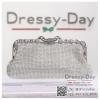 กระเป๋าออกงานพร้อ TE047 : กระเป๋าออกงานพร้อมส่ง สีเงิน กระเป๋าคลัชตกแต่งเพชรทั้งใบสวยหรูมากค่ะ ใบยาวใส่ไอโฟนได้ ราคาถูกกว่าห้าง ถือออกงาน หรือ สะพายออกงาน น่ารักที่สุด
