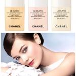 Chanel Le Blanc Light Creator Brightening Makeup Base SPF40 PA+++ ไซส์จริง 30 ml. เบสที่ช่วยปรับโทนสีผิวตามธรรมชาติให้สว่างเรียบเสมอกัน ลดรอยตำหนิ เครื่องสำอางติดทนนานยิ่งขึ้น และช่วยให้ผิวเปล่งประกายเป็นธรรมชาติได้ยาวนานถึง 8 ชั่วโมง