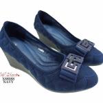 รองเท้าคัทชูส้นเตารีด ผ้าเย็บลายนูน ประดับโบว์ (สีกรม )