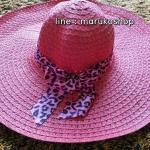 หมวกปีกกว้าง หมวกเที่ยวทะเล หมวกปีกว้างสีชมพู แต่งโบว์ใหญ่ลายเสือเก๋ๆ