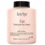 Ben Nye Fair Translucent Face Powder ขนาด 3 oz. Fair เหมาะสำหรับผิวเฉดกลาง เป็นแป้งฝุ่นสำหรับใช้หลังลงรองพื้น หรือ ใช้ทาปกติก็ได้ค่ะ คุมมัน เนื้อละเอียด ออกจะเบาๆ โปร่งๆ ไม่หนักหน้าค่ะ