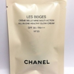 Chanel LES BEIGES ALL–IN–ONE HEALTHY GLOW CREAM แบบหลอด ขนาดทดลอง 2.5 ml. เมคอัพเบสตัวใหม่ของชาแนล ปรับผิวให้เนียนสว่างเปล่งปลั่งดูผิวโกลว์สุขภาพดีสุดๆ แก้ไขรอยตำหนิต่างๆ รวมทั้งมอบความรู้สึกเนียนนุ่มและสบายผิวอย่างสมบูรณ์แบบ